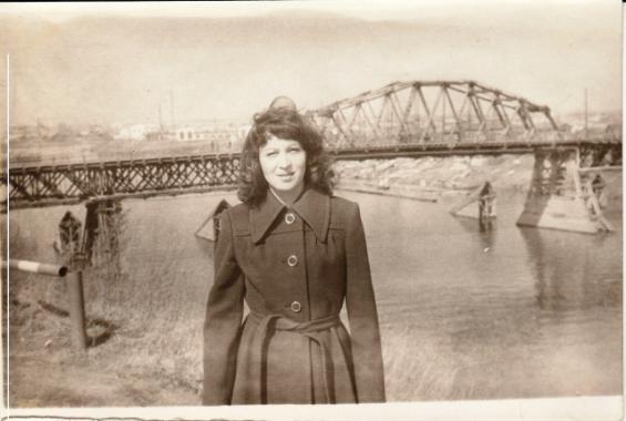 Мост (мама Марины Игоревны)