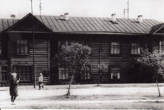 Общежитие лесотехникума улица Колымская