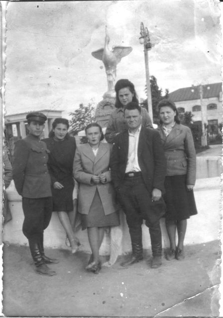 Сад имени Сталина (коллектив магазина №2)