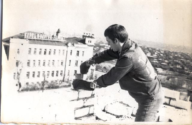 Строительство общежития на Луначарского